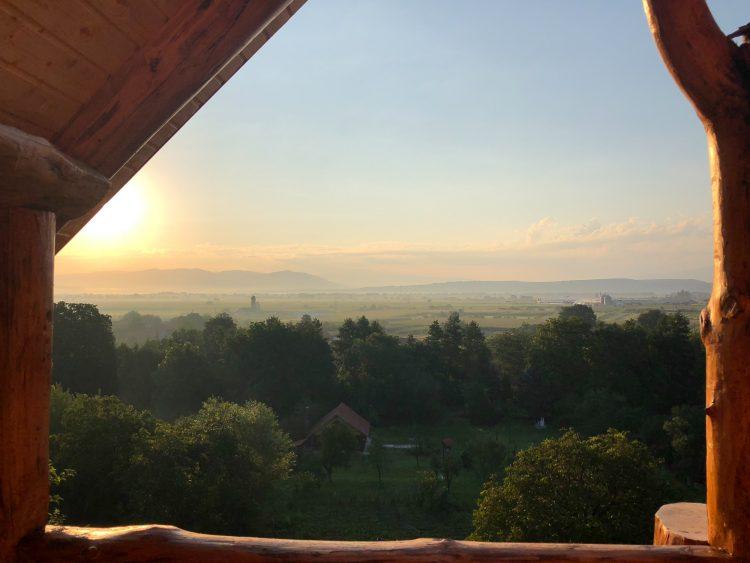 Rasarit Transylvania Log Cabins Pesteana