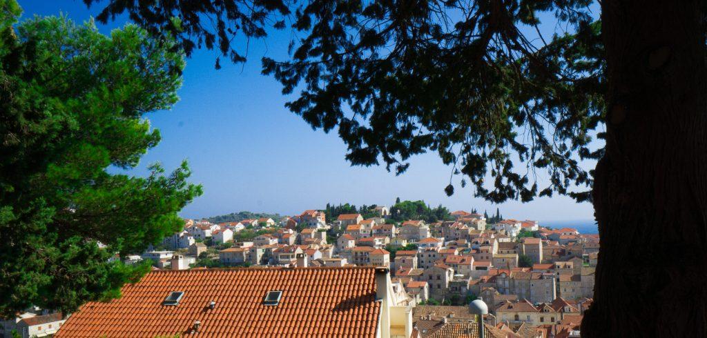 Insula Hvar in drum spre fortareata Spanjola Croatia