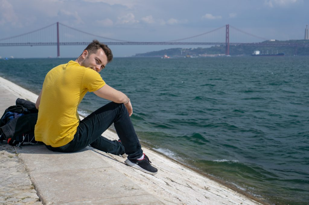 Plimbare faleza Lisabona turnul Belem Portugalia