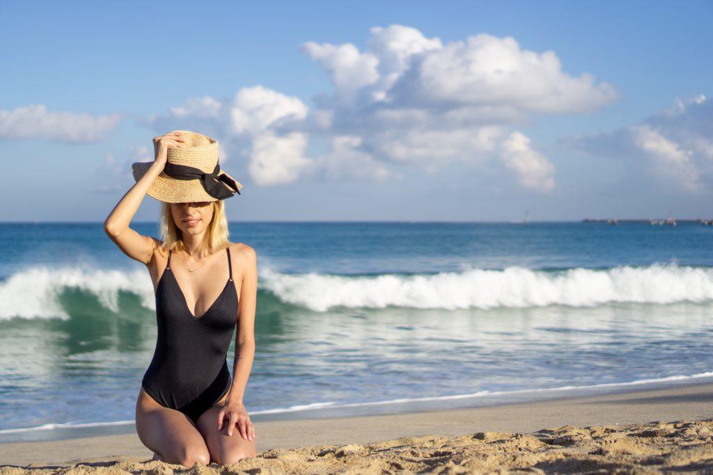 Jimbaran Bay Beach fata plaja Bali