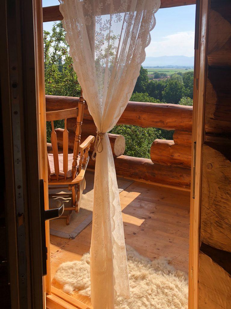 Transylvania Log Cabins Pesteana