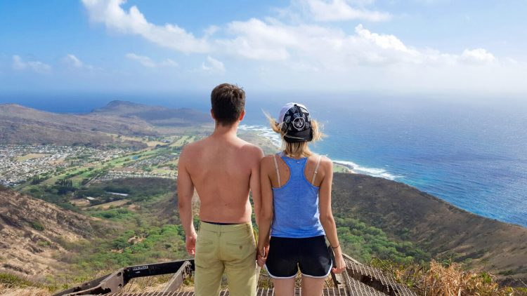 Drumetie pe Koko Head, Oahu, Hawaii