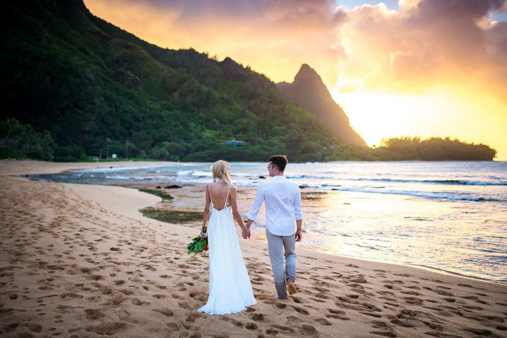 Calatoria in SUA in vreme de pandemie - nunta noastra de vis pe o plaja din Hawaii